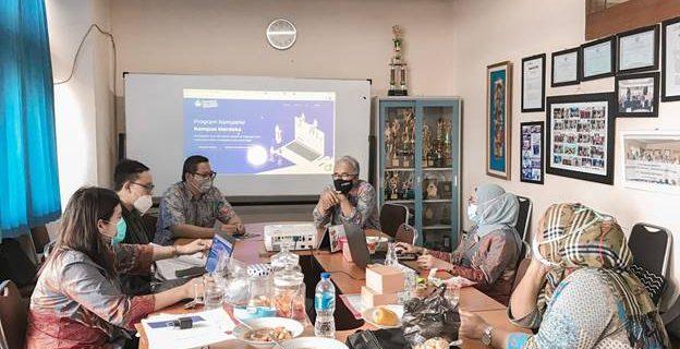 Rapat Fakultas Bahasa Membahas PKMM